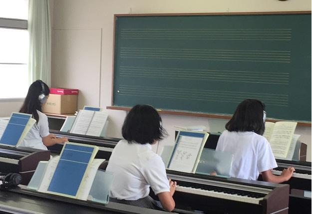 ピアノ②.JPG