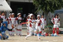 11.06.04_softball02.jpg