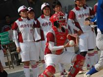 11.06.04_softball03.jpg