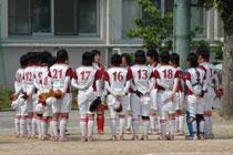 11.06.04_softball04.jpg