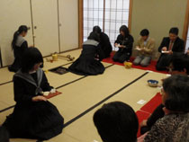 12.01.18_hatugama04.jpg