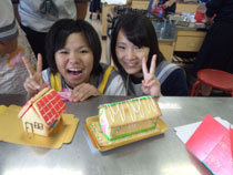 12.06.20_okashinoie02.jpg