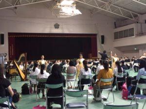 吹奏楽部の体験入学風景です